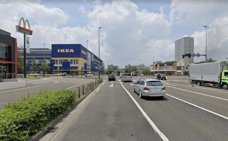 IKEA前の交差点(D)